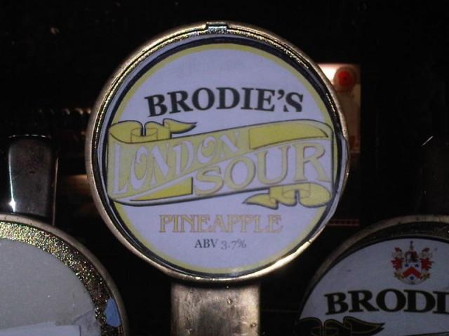 Brodie's London Sour Pineapple